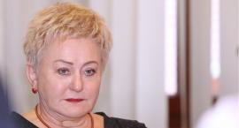 Dyrektorka legnickiego szpitala nie wybiera się na emeryturę