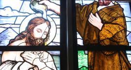 Witraż w zabytkowym Kościele Mariackim po remoncie [FOTO]