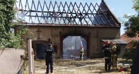 Przy Wielogórskiej paliła się stodoła. Sąsiedzi zdążyli się ewakuować [WIDEO]