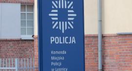 Policjanci ostrzegają przed oszustami wyłudzającymi kody BLIK w internecie