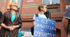KOD protestował przed sądem okręgowym [FOTOGALERIA]