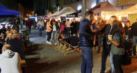 """Pienisty, złoty weekend w Legnicy, czyli """"Lotny Festiwal Piwa"""" [FOTO]"""