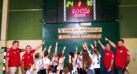 Ligowe zwycięstwa drugoligowych drużyn UKS Dziewiątka Legnica