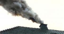 Straż miejska kontroluje czym legniczanie palą w piecach. Są mandaty!