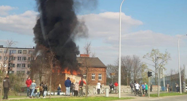 Kronika Kryminalna, Pożar Dworcowej - zdjęcie, fotografia