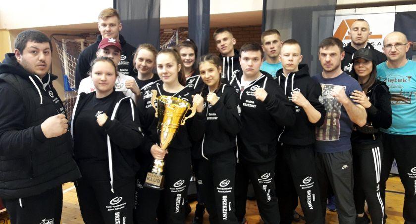 Sporty Walki, medali kickboxerów Prosny Ziętek - zdjęcie, fotografia
