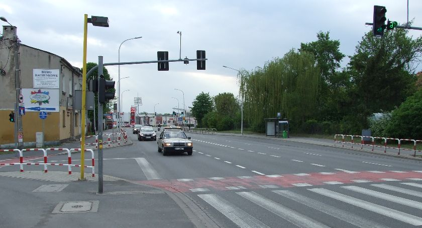 Wypadki drogowe, Nietrzeźwy weekend - zdjęcie, fotografia