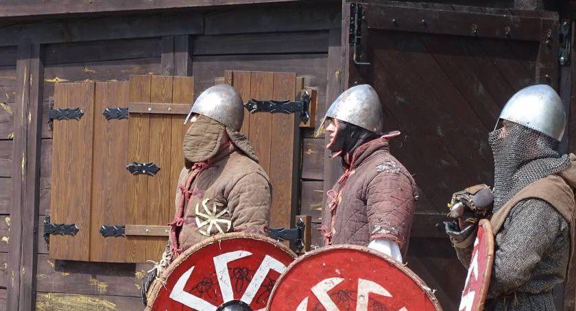 Historia, Jarmark archeologiczny - zdjęcie, fotografia
