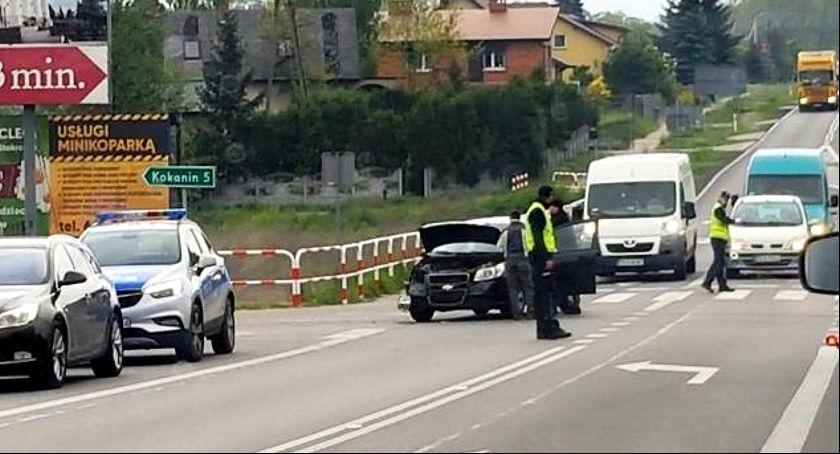 Wypadki drogowe, Kolizja warta złotych - zdjęcie, fotografia