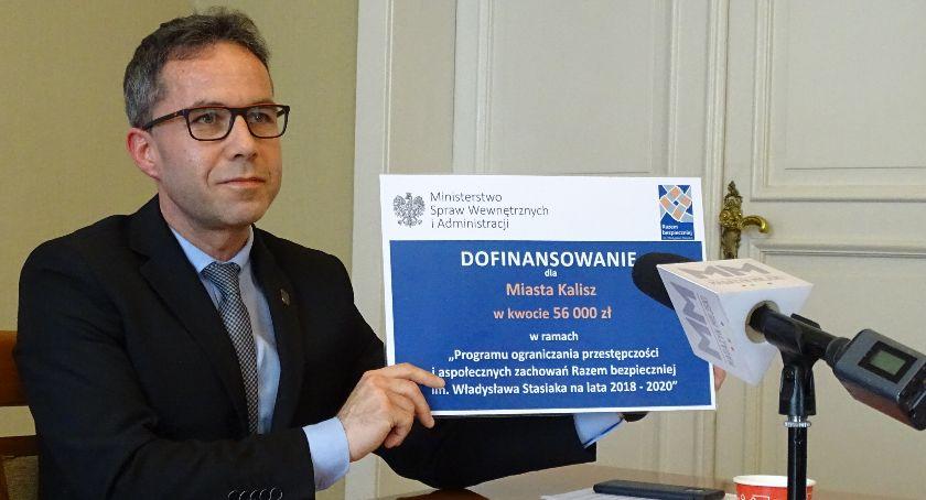 Administracja , Kalisz otrzymał dotację MSWiA poprawę bezpieczeństwa mieszkańców - zdjęcie, fotografia