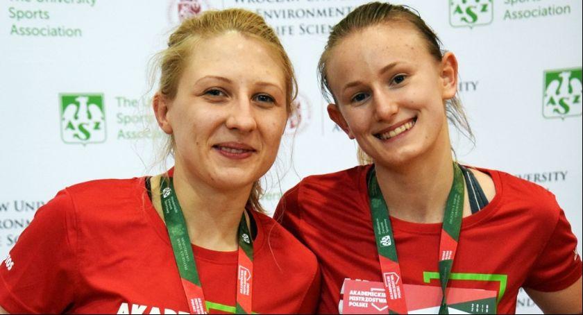 Sporty Walki, Siostry Kamińskie akademickimi medalami - zdjęcie, fotografia