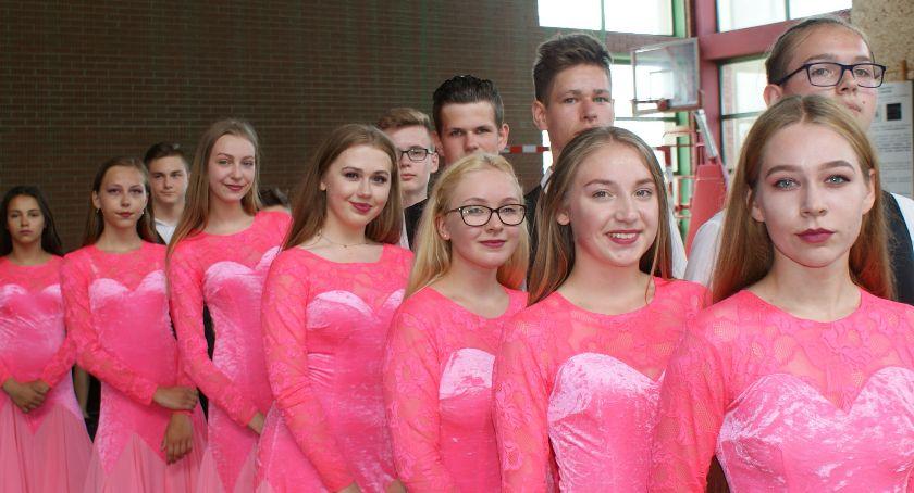 wiadomości z regionu, Lisków opanował taniec - zdjęcie, fotografia