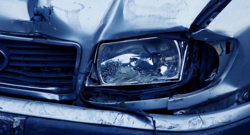 Wypadki drogowe, Zderzenie Piłsudskiego kierowca ranny - zdjęcie, fotografia