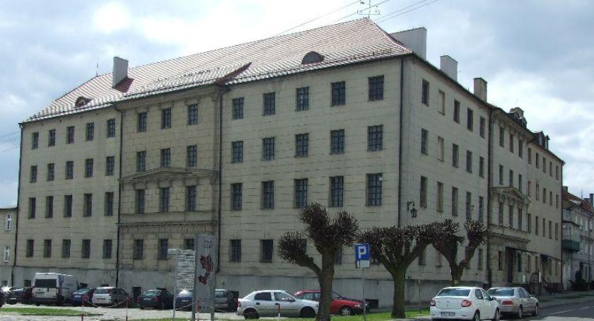Wernisaże, Wystawa studenckich muzeum - zdjęcie, fotografia