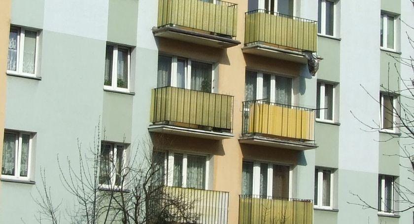 Mieszkania i domy, Podwyżka czynszów mieszkańcy protestują - zdjęcie, fotografia