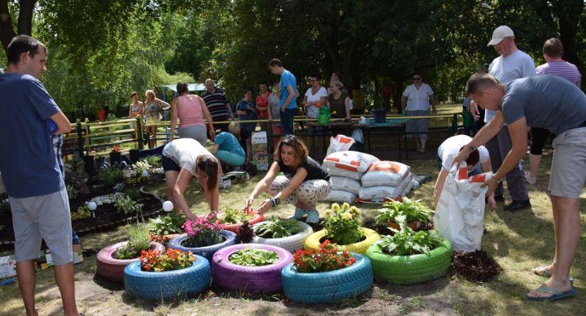 """Zdrowie, Piknik ogrodniczy Środowiskowym Samopomocy Tulipan"""" - zdjęcie, fotografia"""