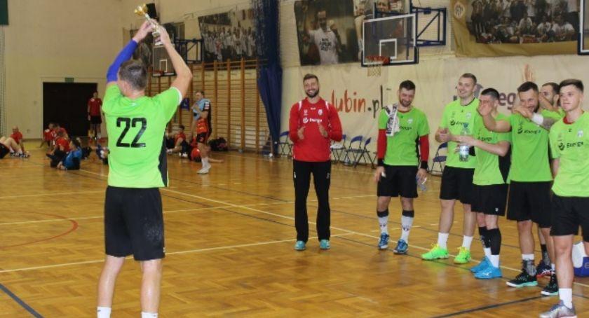 Piłka ręczna, Trzecie miejsce piłkarzy ręcznych Energi Kalisz Fitarena - zdjęcie, fotografia