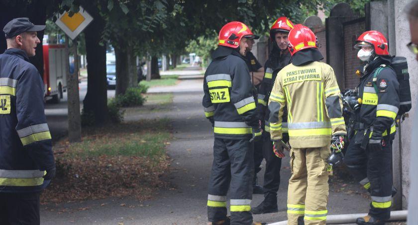 Pożary - interwencje Straży Pożarnej, Pożar ulicy Granicznej właściciel urlopie - zdjęcie, fotografia