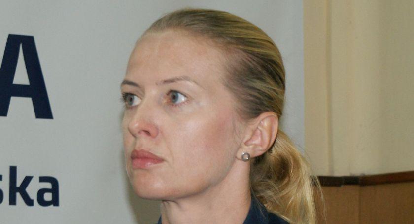 Policja - komunikaty , Policja szuka świadków kolizji - zdjęcie, fotografia
