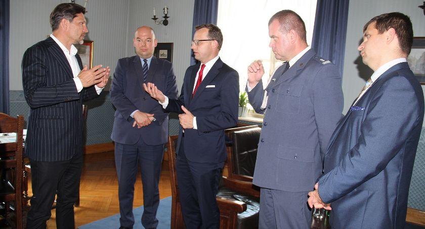 Prezydent, Wyższa szkoła więzieniu Łódzkiej - zdjęcie, fotografia
