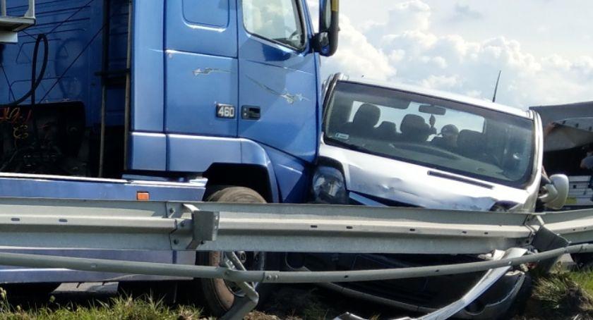 Wypadki drogowe, Wypadek obwodnicy Skalmierzyc - zdjęcie, fotografia