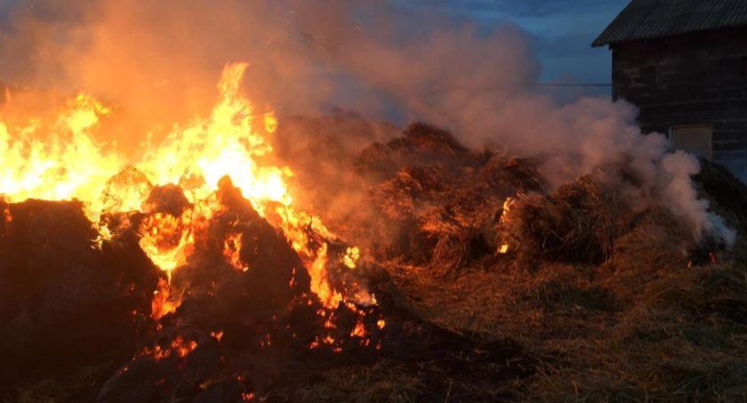 Pożary - interwencje Straży Pożarnej, Paliły stogi zagrożone było bydło - zdjęcie, fotografia