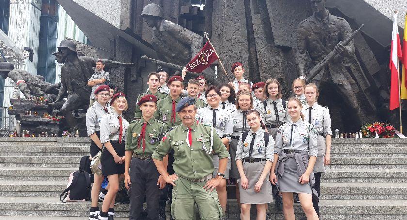 NGO, Harcerstwo Kaliszu trzyma mocno - zdjęcie, fotografia