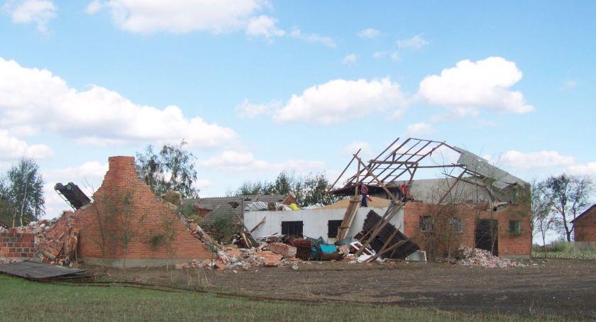 wiadomości z regionu, Nawałnica siała spustoszenie gminie Blizanów - zdjęcie, fotografia