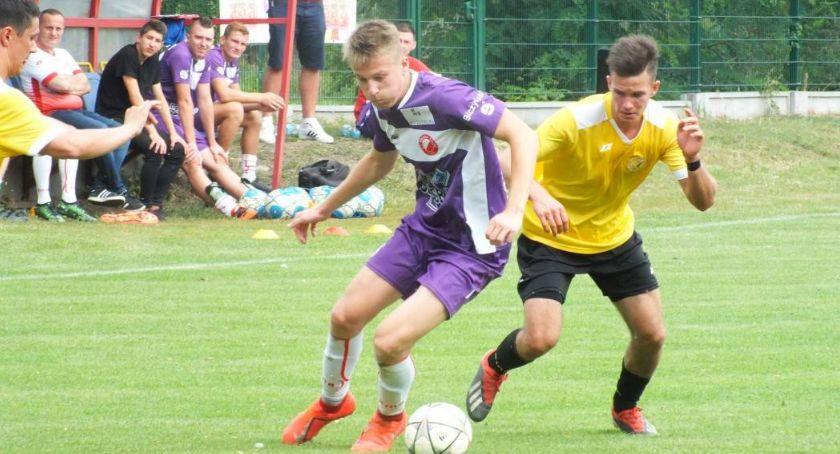 Piłka nożna, Kaliska Prosna sprawdzi Sokoły - zdjęcie, fotografia
