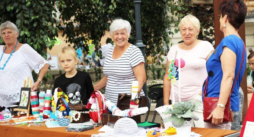 Atrakcje i Ciekawostki, Święto Niecałej sobotę września - zdjęcie, fotografia