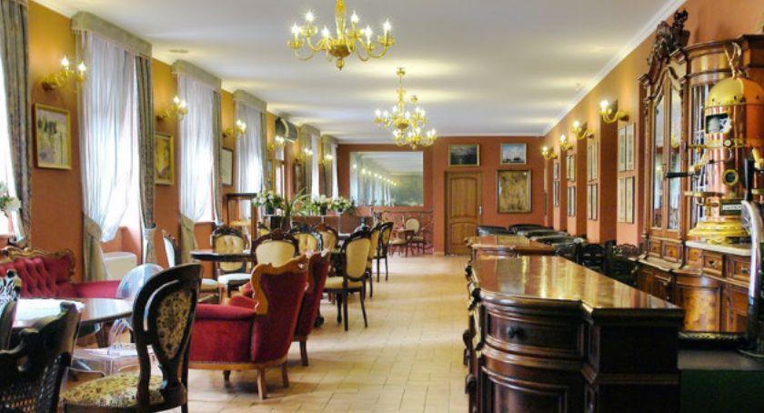 Zdjęcie przedstawia wnętrze Komoda Club w Kaliszu