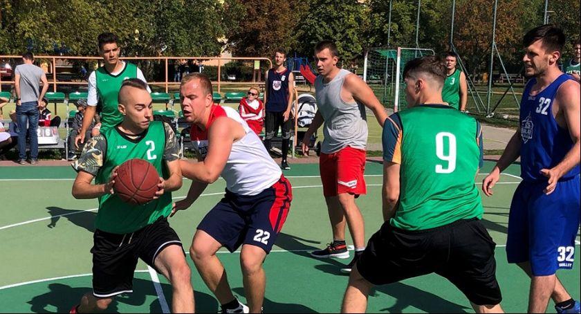 Koszykówka, Koszykarze podsumowali sezon Polach Marsowych - zdjęcie, fotografia