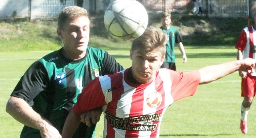 Piłka nożna, Derby rzeki Prosny Kalisza - zdjęcie, fotografia