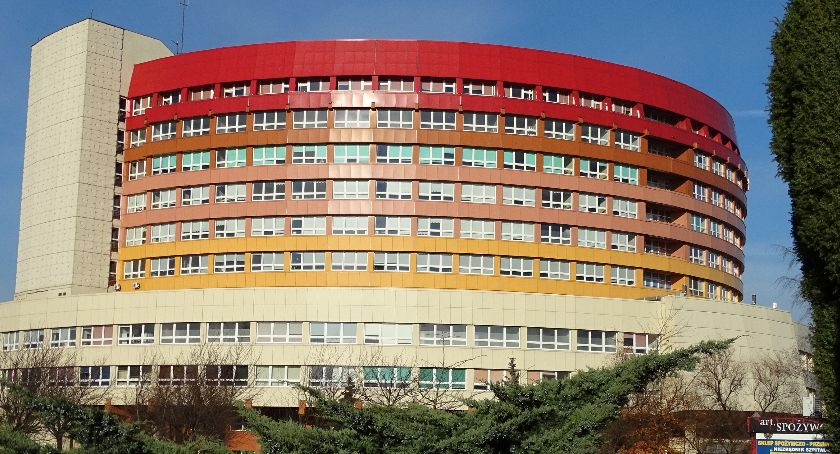 Zdrowie, Dyrekcja szpitala nadal popiera protestujących Zwolnień zamknięcia oddziału będzie! - zdjęcie, fotografia