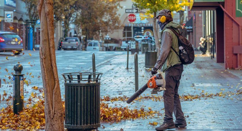 Ochrona środowiska - ekologia, Wykluczyć Kalisza spalinowe dmuchawy - zdjęcie, fotografia