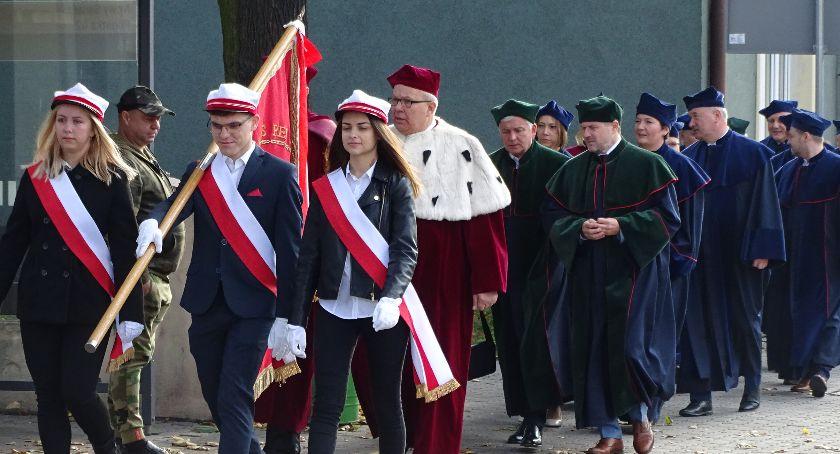 Szkoły i edukacja, Kaliszu obchodzi jubileusz lecia - zdjęcie, fotografia