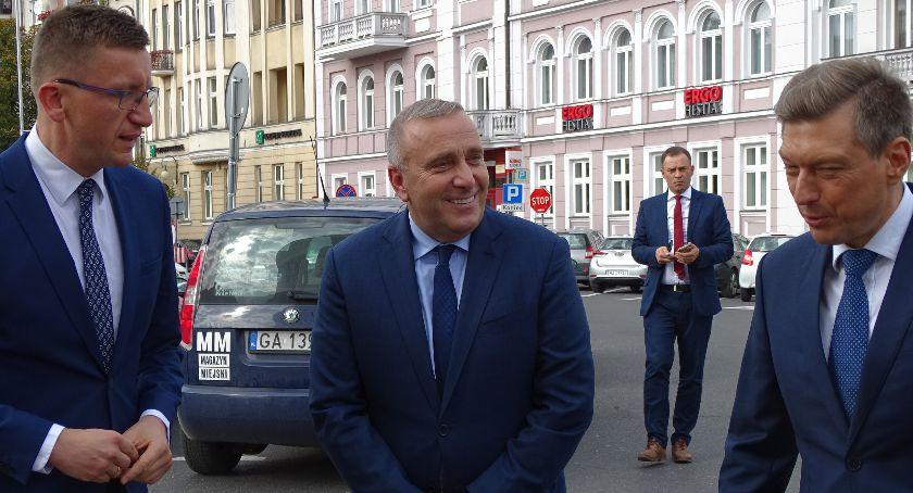 Polityka, Grzegorz Schetyna Kaliszu mobilizował pójścia wyborczych - zdjęcie, fotografia