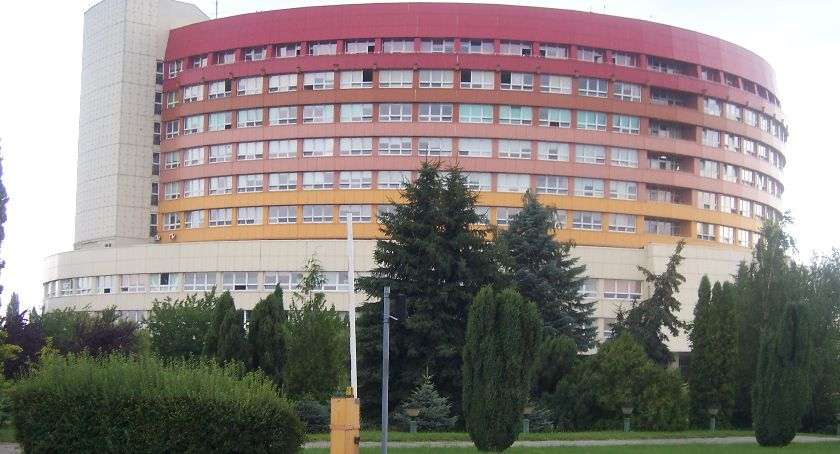 Zdrowie, Sytuacja kaliskim szpitalu zaostrza Fizjoterapeuci diagności kontra dyrekcja - zdjęcie, fotografia