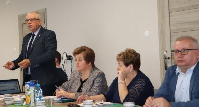 wiadomości z regionu, gminie Blizanów podatki górę - zdjęcie, fotografia