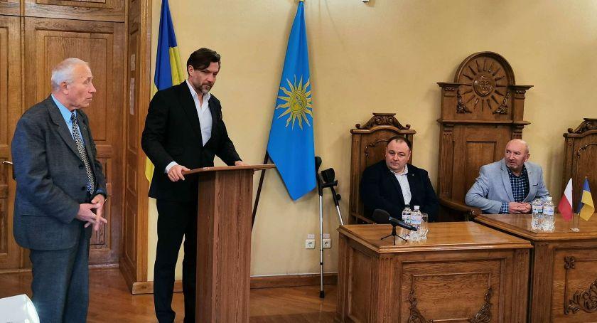 Prezydent, Kaliscy samorządowcy wizytą Kamieńcu Podolskim - zdjęcie, fotografia