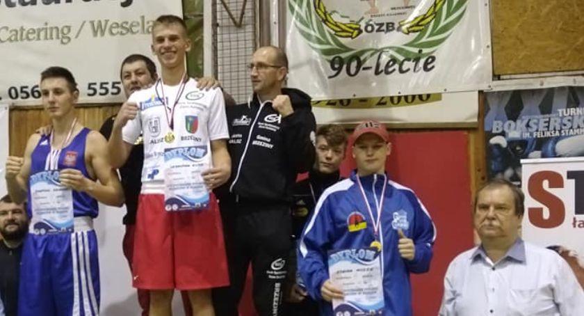 Sporty Walki, Pucharowe złoto srebro kadetów Ziętek Kalisz - zdjęcie, fotografia