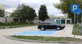 Więcej miejsc do parkowania na Widoku