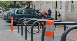 W śródmieściu Kalisza pojawią się pilotażowe ławki dla przechodniów