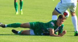 Beniaminek pokonany. KKS Kalisz rozpoczął kolejny sezon w III lidze od wysokiego zwycięstwa - zdjęcia, video