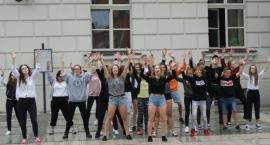 Tańczyli przed kaliskim Ratuszem