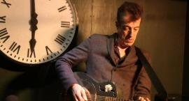 Legendarny gitarzysta wystąpi na kaliskim dworcu