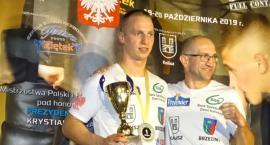 Mało walk, ale dobry poziom finałów Pucharu Polski Seniorów w Kickboxingu. Sukcesy zawodników KS Ziętek Team Kalisz - ZDJĘCIA