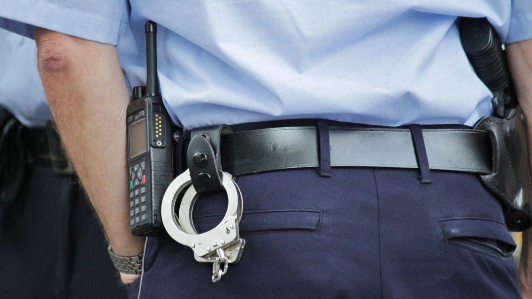 Piraci drogowi, latek poszukiwany przez policję wpadł podczas wizyty sądzie - zdjęcie, fotografia