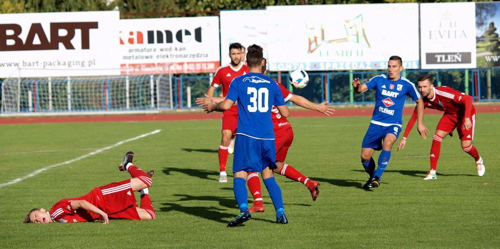 Piłka nożna, Świecie przegrała Bałtykiem Gdynia [ZDJĘCIA WIDEO] - zdjęcie, fotografia