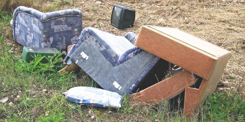 Prąd, woda, ogrzewanie, śmieci i opłaty, Gdzie kiedy będzie można oddać stary sprzęt meble gminie Pruszcz [HARMONOGRAM] - zdjęcie, fotografia